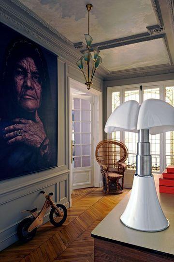 l 39 appart haussmannien de sophie hanniet architecte d coratrice uvres d 39 art lampes et. Black Bedroom Furniture Sets. Home Design Ideas