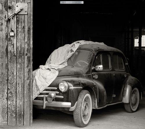 fotoplane f r garagentor renault 60 garage mural renault 60 oldtimer classic cars. Black Bedroom Furniture Sets. Home Design Ideas
