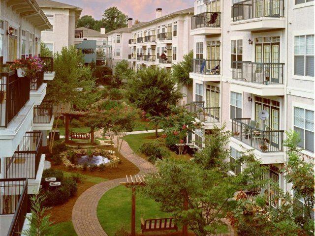 Lenox Park Atlanta Ga Pet Friendly Apartments Lenox Apartment