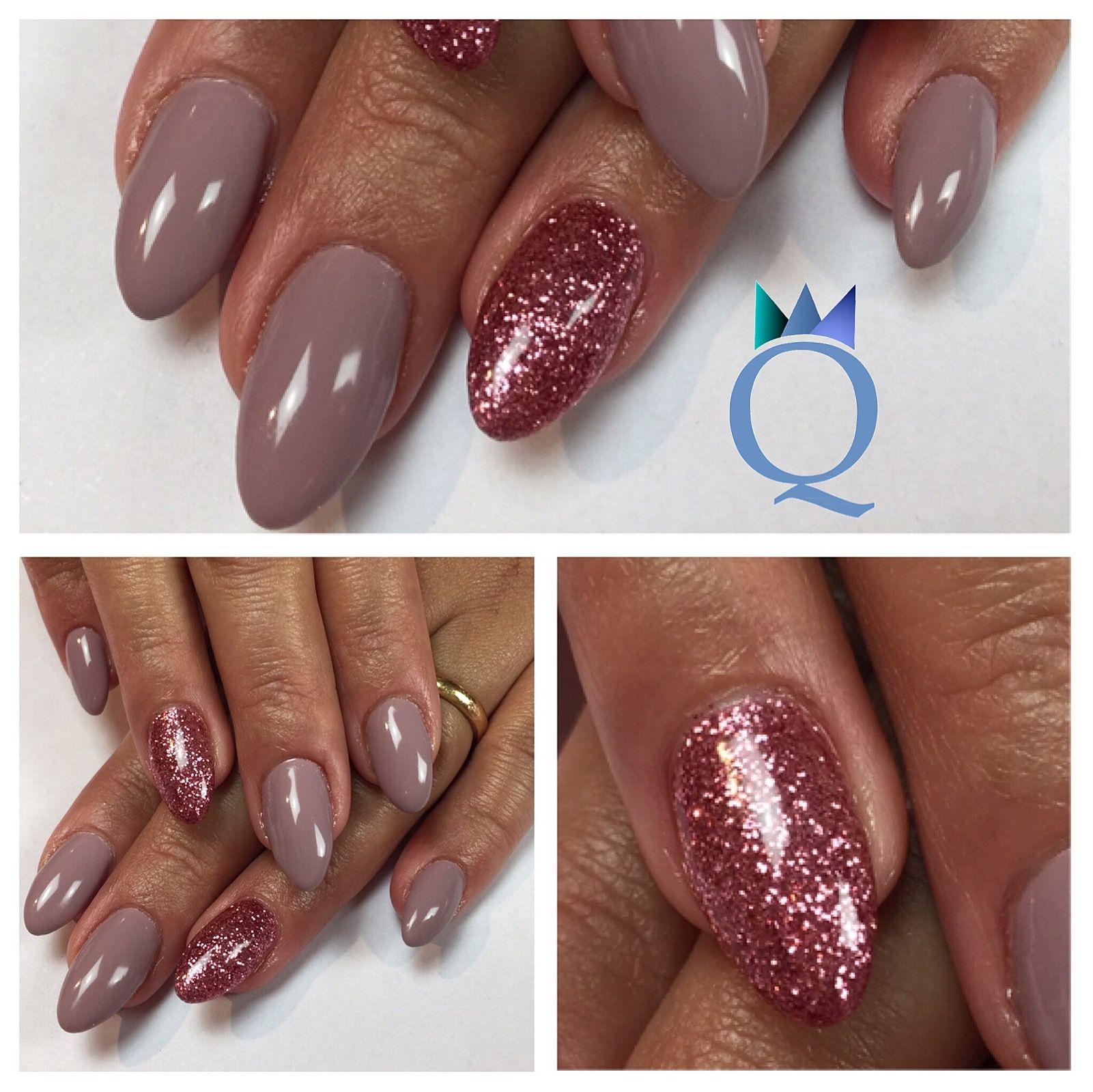Almondnails Gelnails Nails Taupe Pink Glitter Mandelform