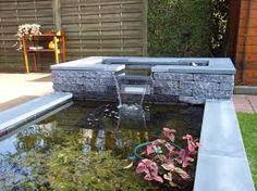 Afbeeldingsresultaat voor kleine strakke vijver aanleg for Tuinvijver maken