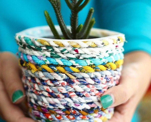 Tutorial: Scrap fabric twine planter #scrapfabric