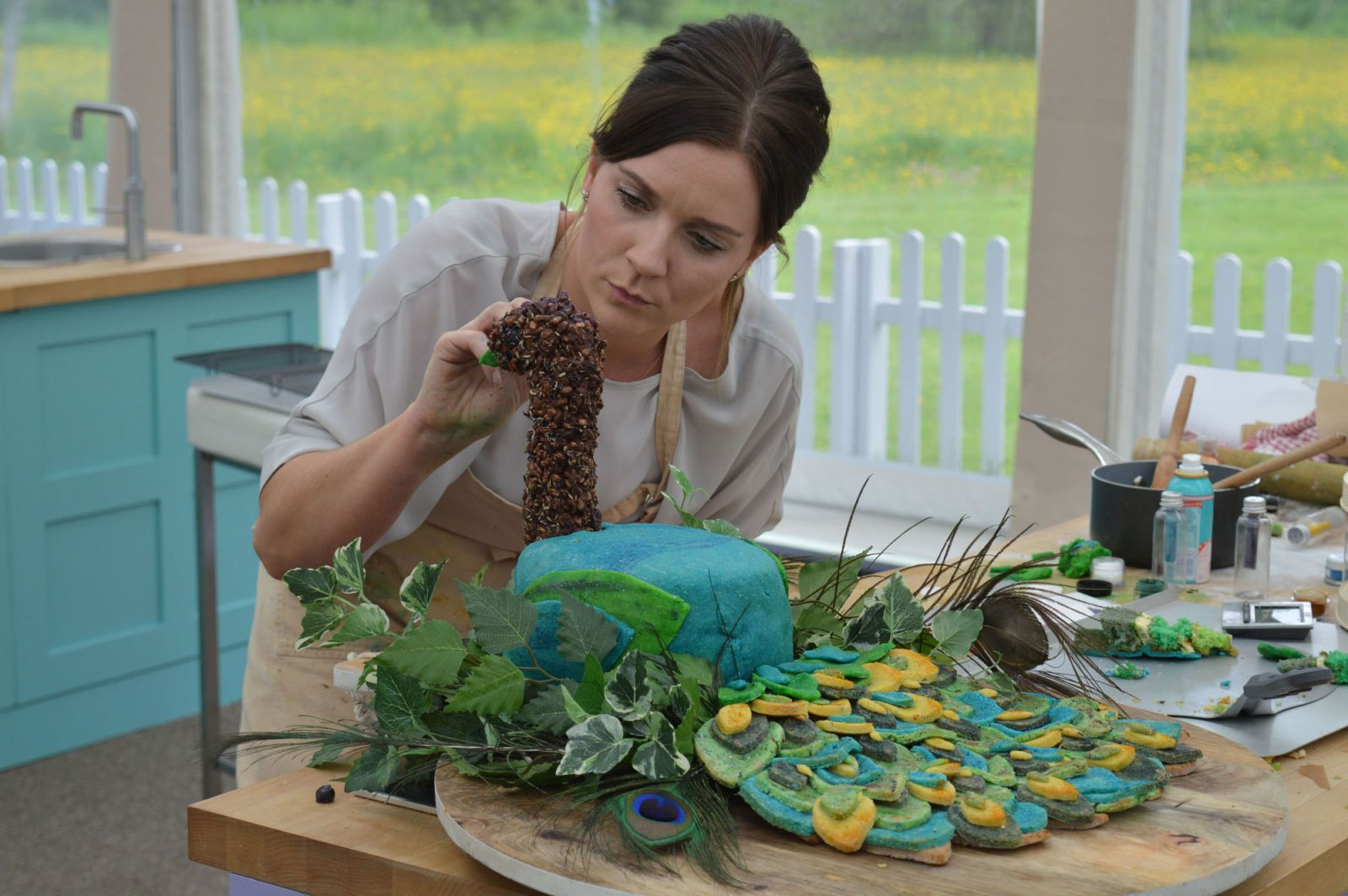 The Great British Bake Off Could Candice Brown S Pea Rival That Bread Lion As Best Showstopper Ever Digitalspy
