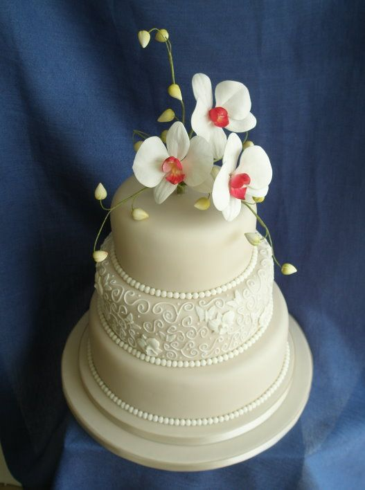 Image detail for -Dragons and Daffodils Cakes Wedding Cakes magazine