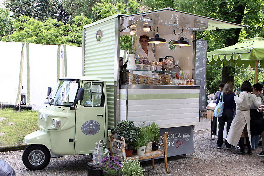 Orticola 2010 Food truck design, Coffee carts, Food truck