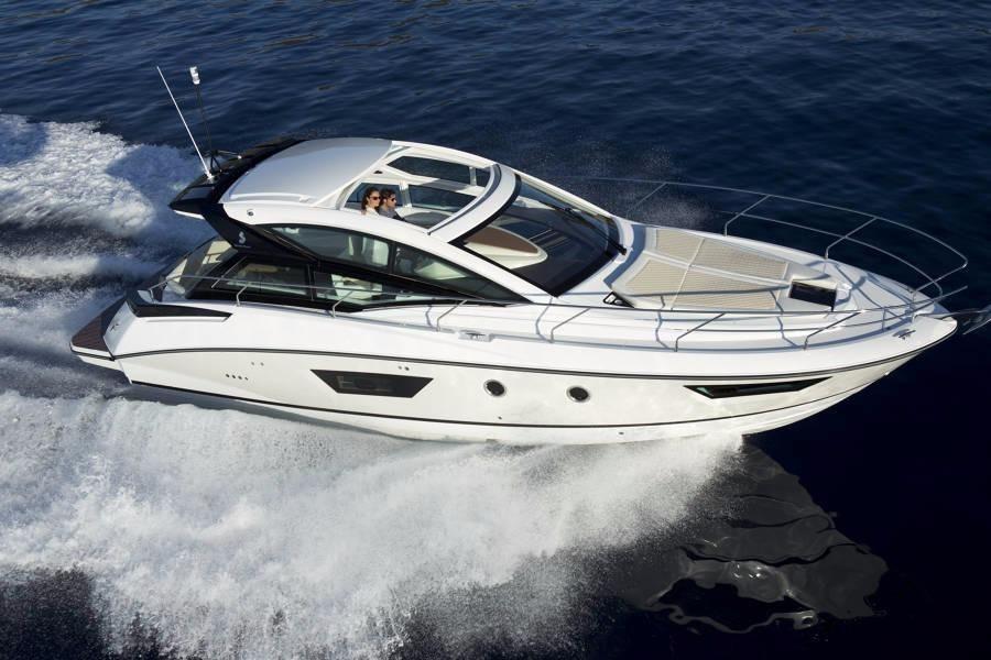 2017 Beneteau 40 Gran Turismo Power Boat For Sale - www
