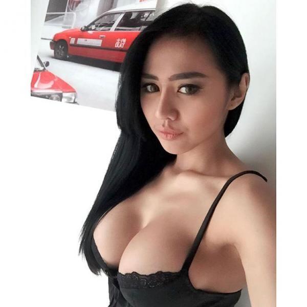 Koleksi Foto Hot Jelly Jelo Model Majalah Pria Dewasa Januari  Ifkmedia
