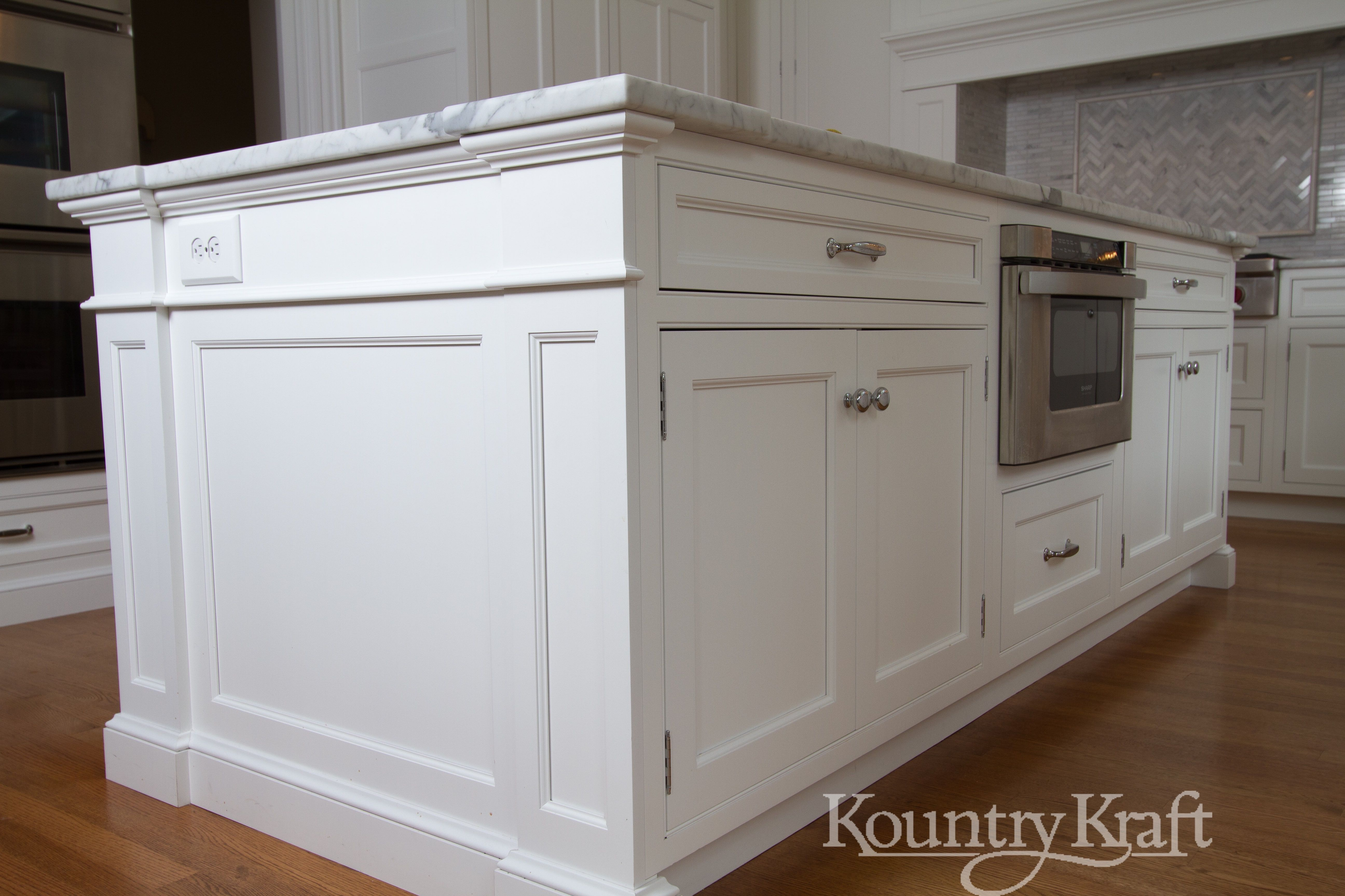 Custom Kitchen Cabinets Designed By James Kershaw Ckd Of James Kershaw Associates Custom Kitchen Island Custom Kitchen Cabinets Design Custom Kitchen Cabinets