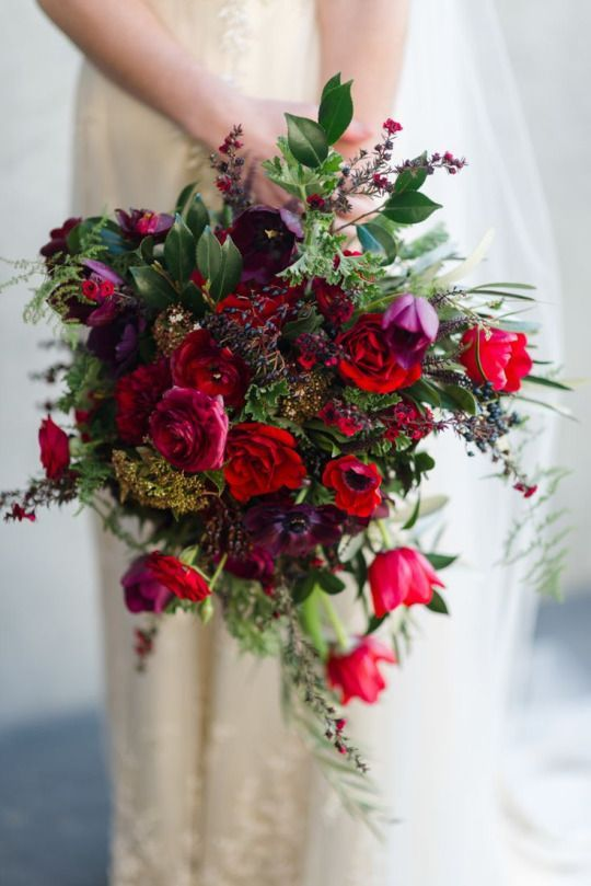 50 Beautiful Jewel Tone Hand Bouquet Ideas