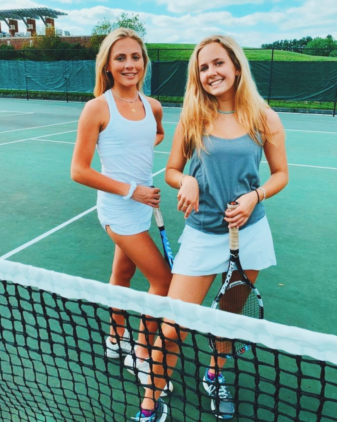 Girl S Tennis In 2020 Tennis Pictures Tennis Clothes Best Friend Pictures