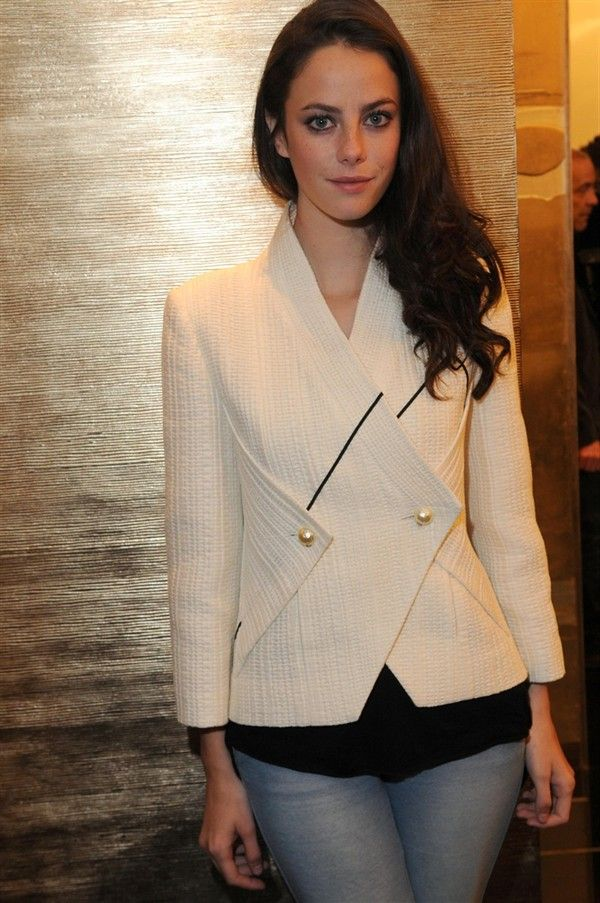 British actress Kaya Scodelario wore a cream fitted jacket from the Spring-Summer 2012 Ready-to-Wear collection
