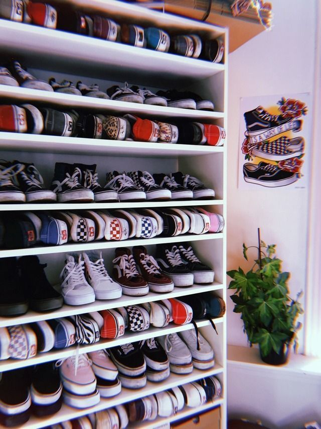 p i n || @XMEZA25 | Dressing chaussures, Rangement dressing, Vans ...