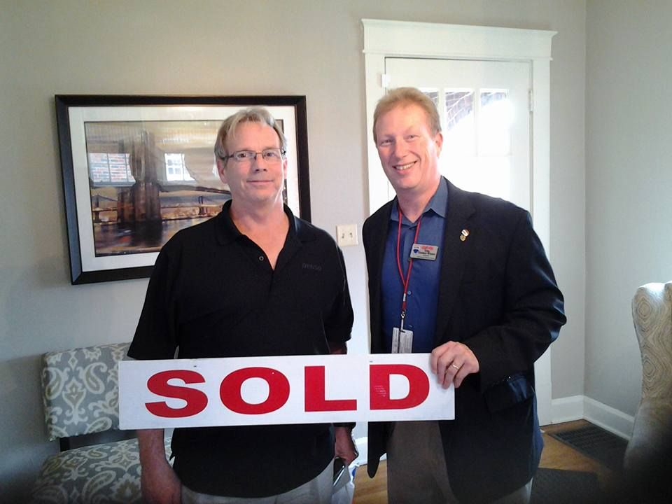 Congratulations to Mark V on the sale of his house with Team George Weeks! #sold #closed #teamgeorgeweeks #remaxelite