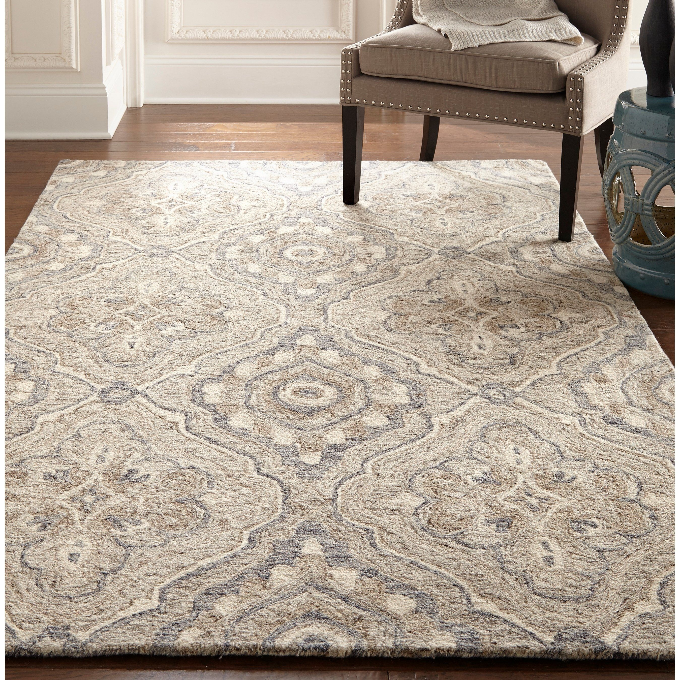 The Anatolia Collection Evokes Old World Style And Quality With Modern Hand Tufting Techniques These Rugs Bring Traditional Sophistication