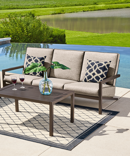 Looking For Modern Outdoor Furniture Look No Further Than This Hotel By Club Grand Sofa S Modern Outdoor Furniture Stylish Patio Furniture Outdoor Furniture