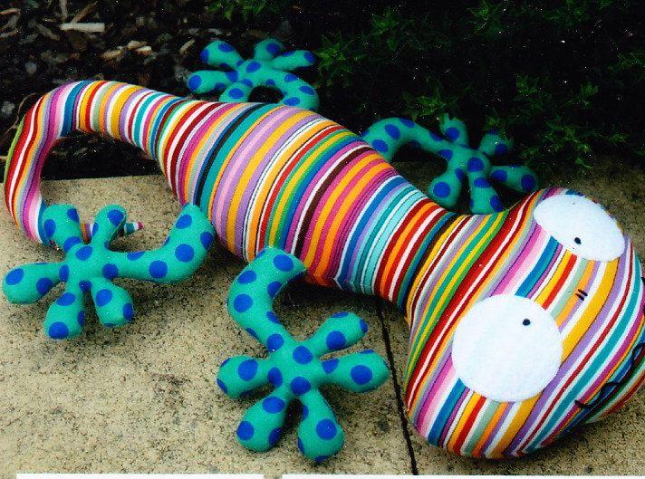Lionel Lizard - cute lizard softie toy pattern | Nähideen ...