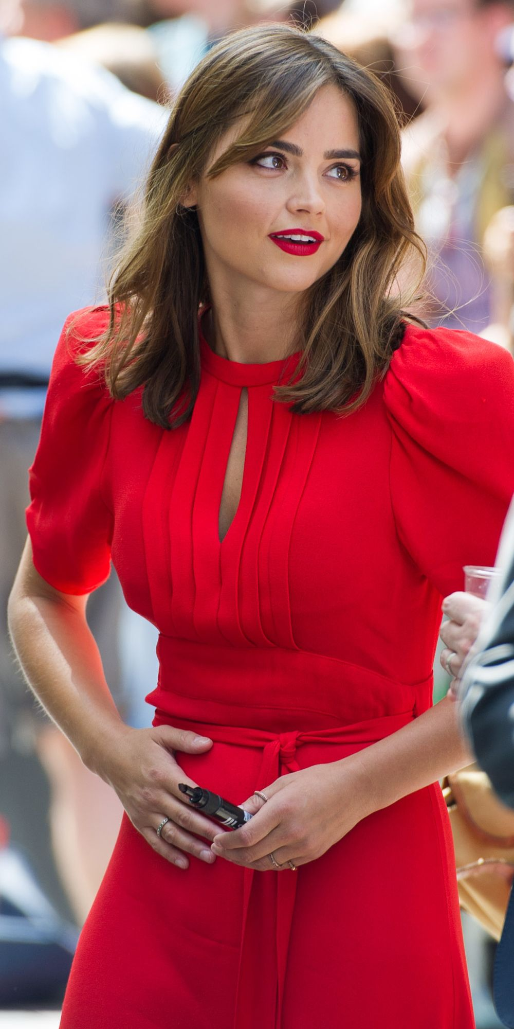 Can we talk about how *ridiculously* pretty Jenna Coleman is please?