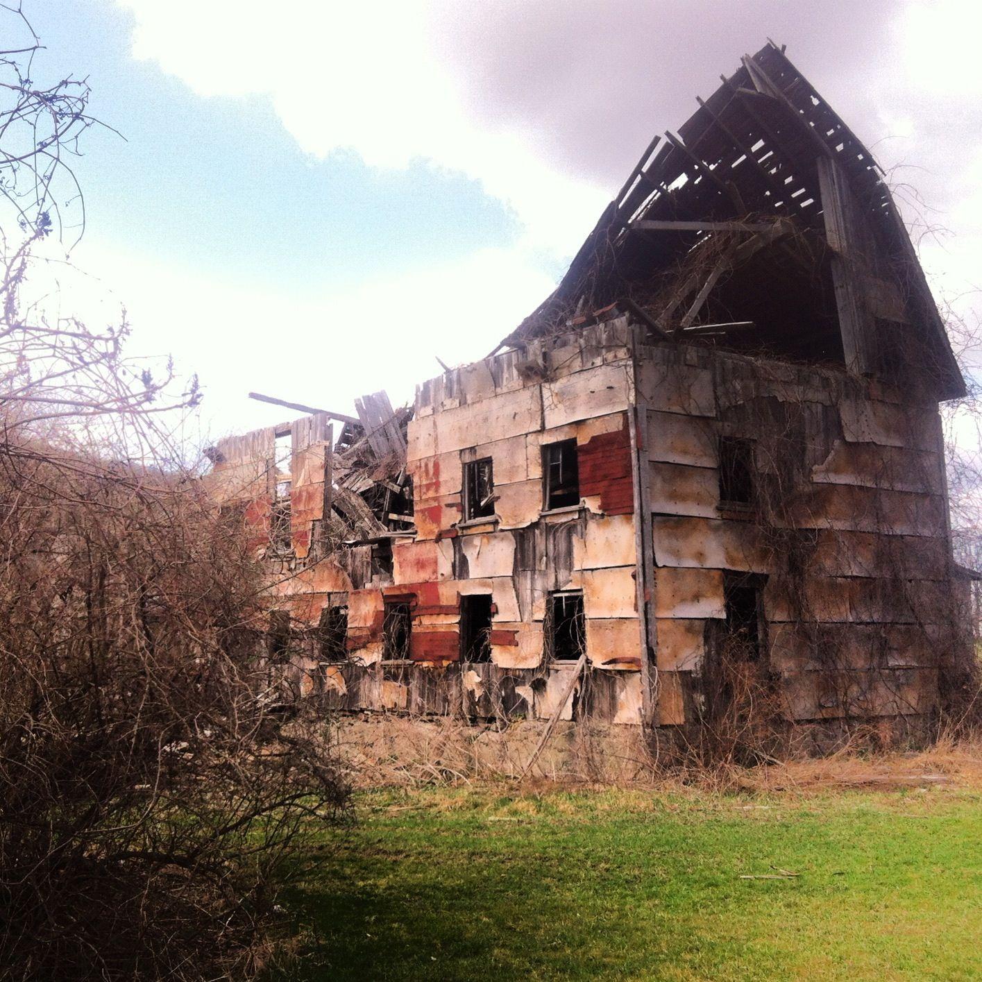Abandoned: Red Barn, Upstate NY 2012
