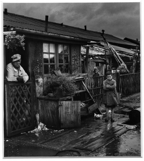 Jean Dieuzaide: Toulouse, camp de Ginestous, 1959. Learn Fine Art Photography - https://www.udemy.com/fine-art-photography/?couponCode=Pinterest22