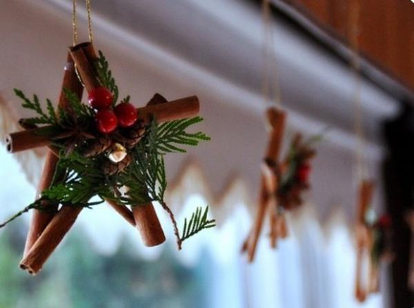 30 Handmade Christmas Decorations With Cinnamon Sticks Adding Seasonal Aroma To Green Holiday Decor Handmade Christmas Decorations Christmas Decorations Christmas Diy
