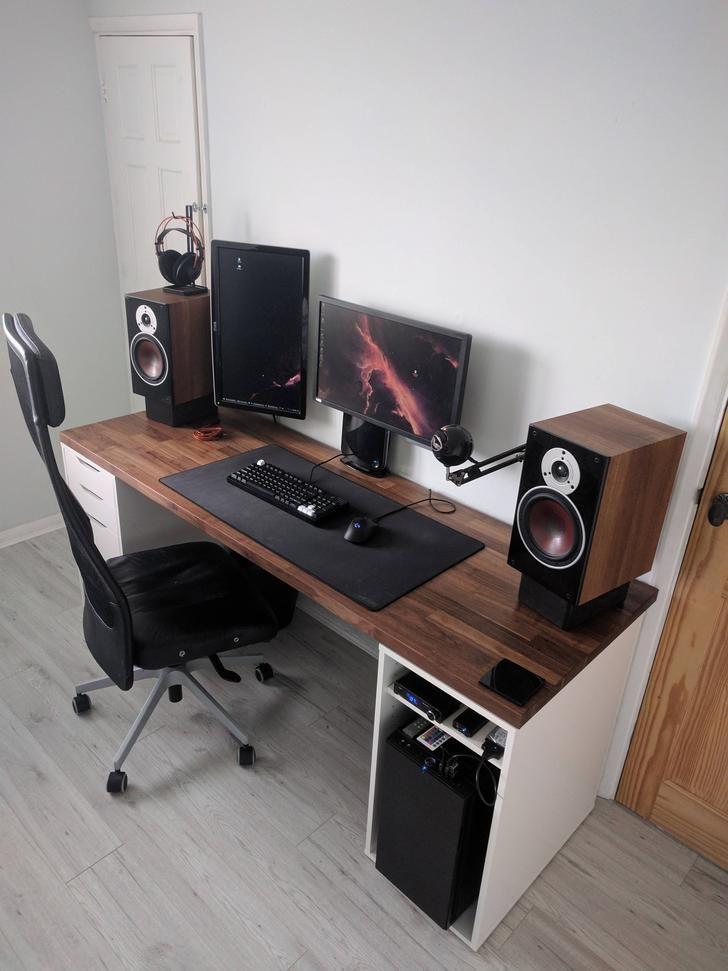 Got a new desk in 2019  Battlestation  Diy computer desk
