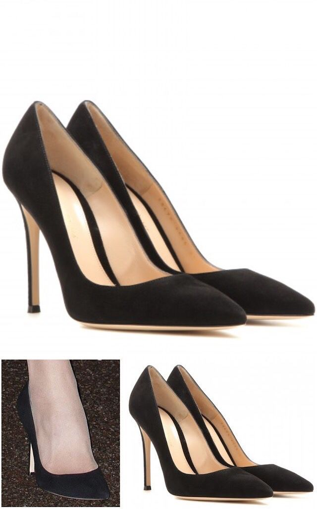 716e8b01a14b Kate debuted a new pair of black pumps as she attended the Fostering  Network s Fostering Excellence Awards at BMA House on November 17