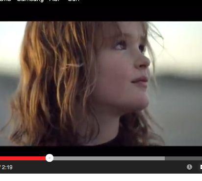 Cada dia é o 1º dia - filme que anuncia patrocínio da Samsung aos surfistas - Blue Bus