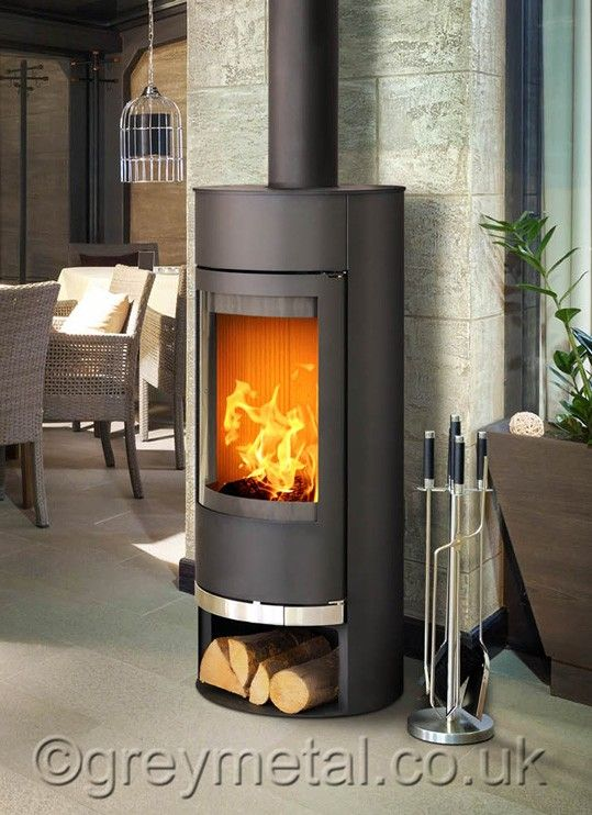 Vigo round black 6kw contemporary curved wood burning stove - Contemporary Wood Burning Stoves By Stuv - 3-position Turning Door