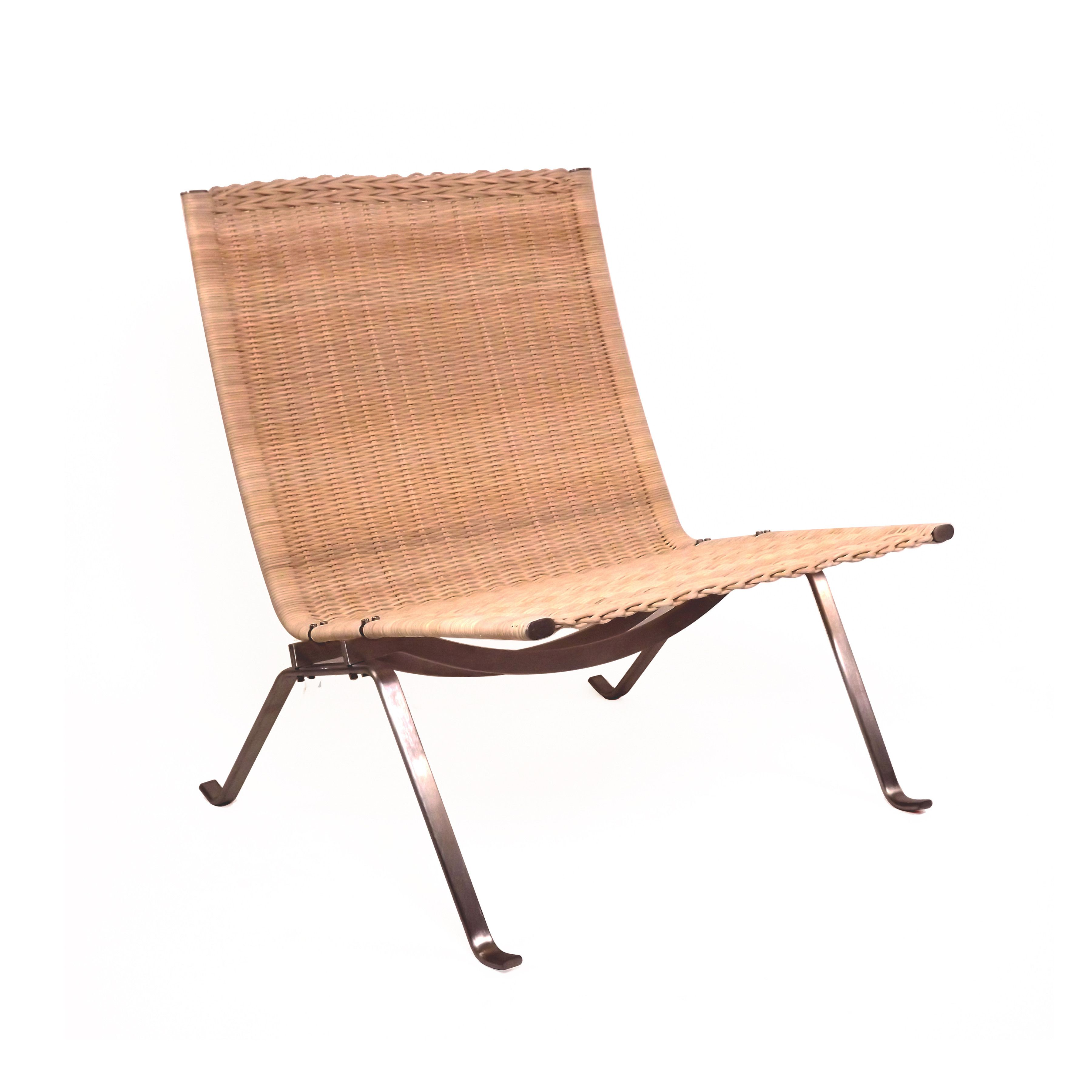 Mid-Century Modern Reproduction PK22 - Natural Rattan Inspired by Poul  Kjaerholm