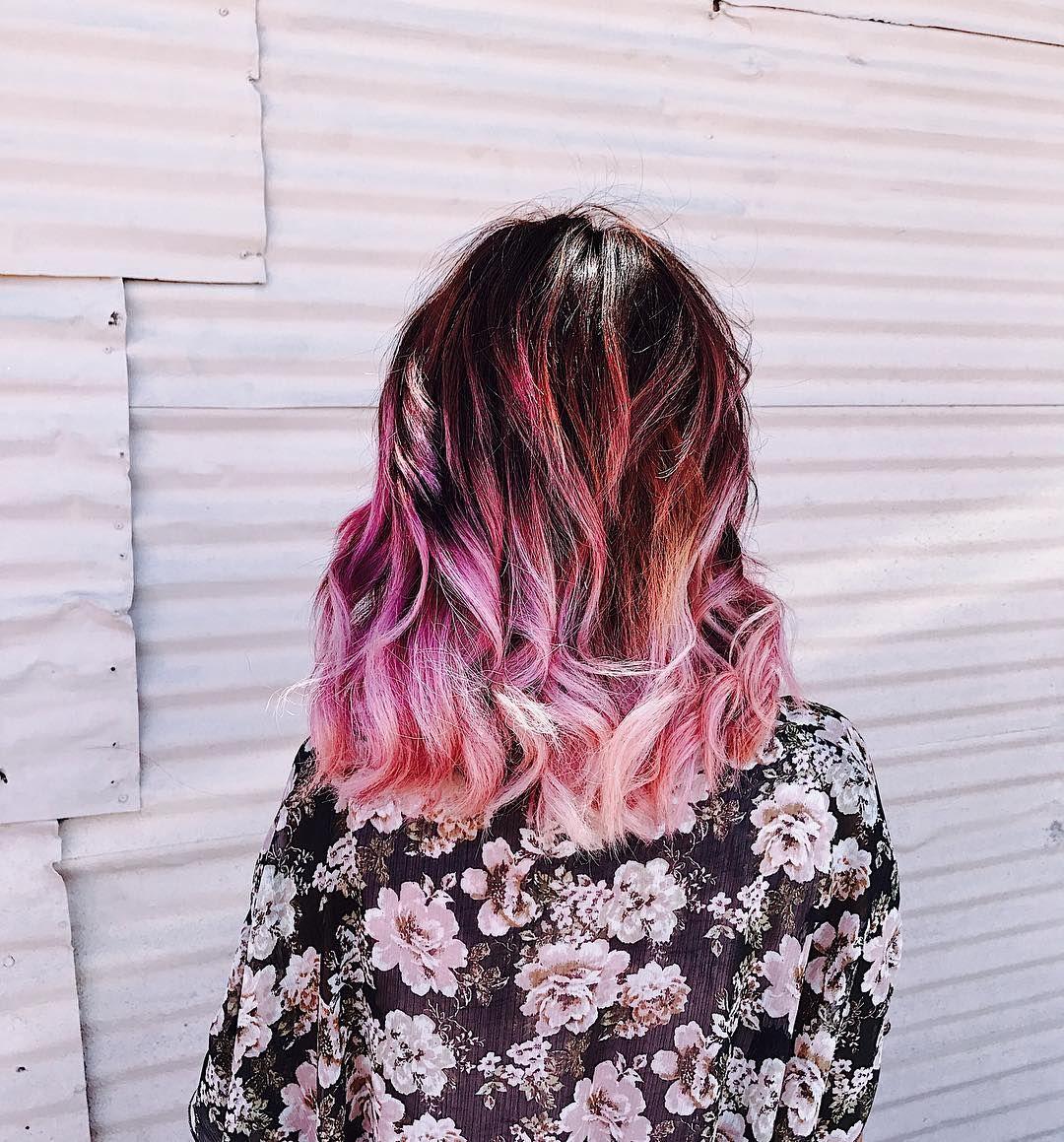 26 отметок «Нравится», 3 комментариев — nea | odessa | virgo🌙 (@nea.in.wonderland) в Instagram: «It feels so good to have pink hair again 😌🦄💕»