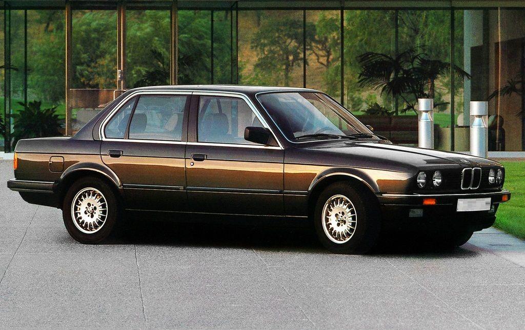 The Iconic Bmw E30 4 Doors Sports Sedan Bmw E30 Sedan General Information The Videos Bellows Offer Insight Into The Legendary Bmw E30 F Bmw E30 Bmw Car Town