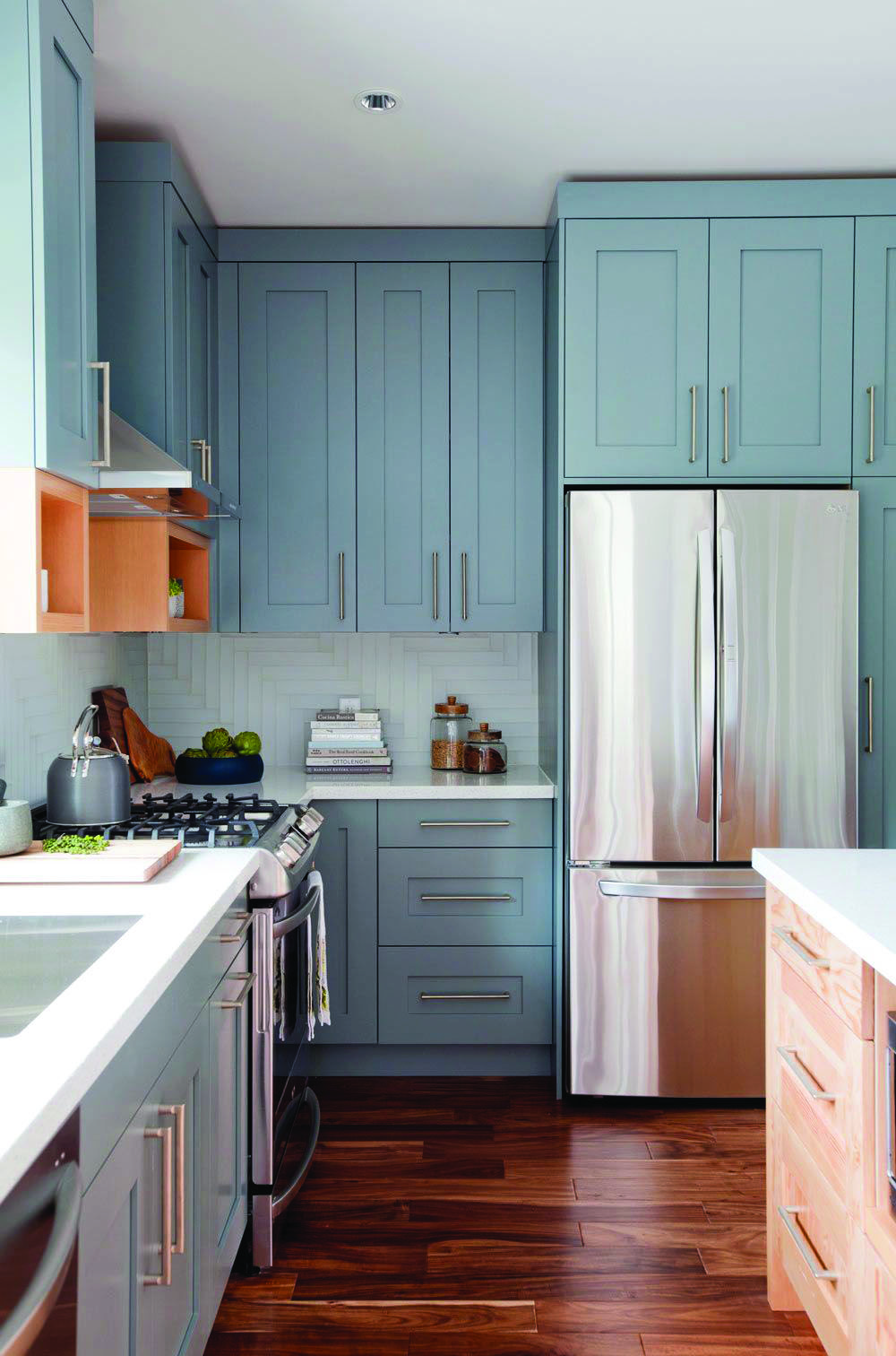 Leading Fad In Kitchen Cabinetry Style Homes Tre Home Depot Kitchen Kitchen Cabinet Design New Kitchen Cabinets
