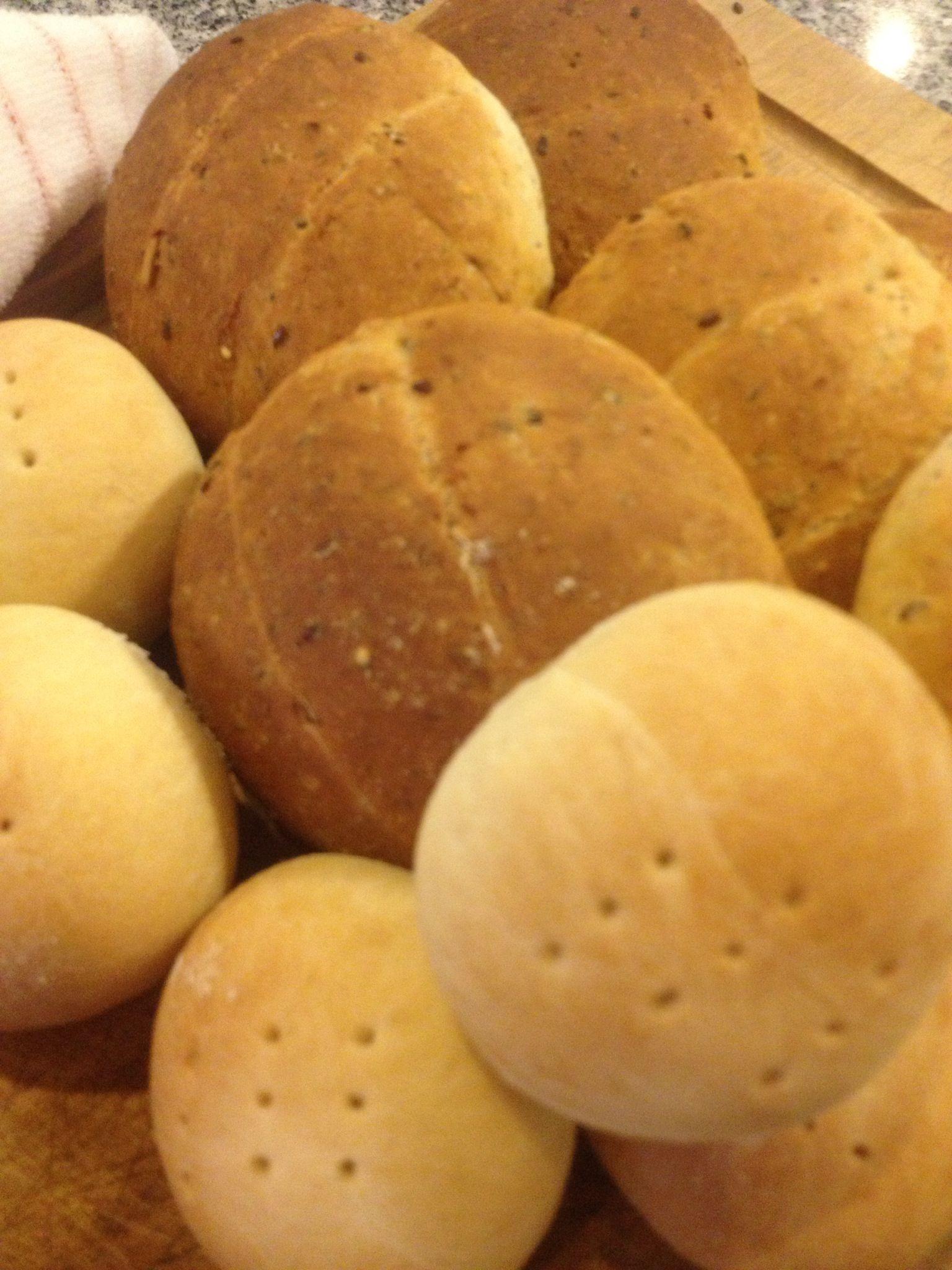Mis panes de hoy, amasado y multigrano