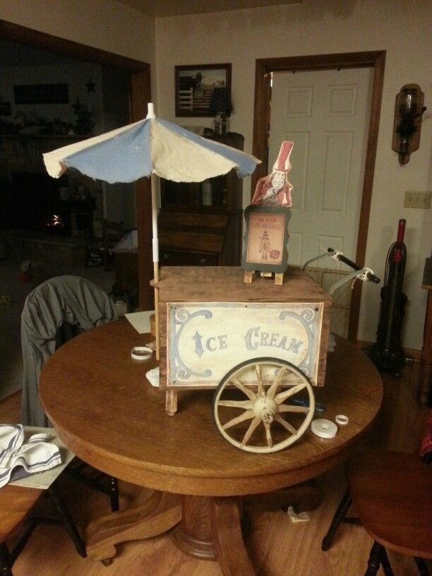 Boxtroll ice cream cart made by Sara & Michael Soules inspired by Boxtroll movie