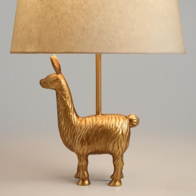 I Never Met A Gold Llama That I Did Not Love This Accent Lamp Is Sure To Bring A Smile 7 W X 3 D X 13 H Steampunk Mobel Lampen Wohnzimmer Schlafzimmer Lampe