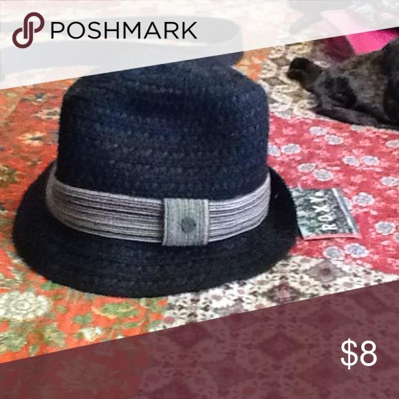 9a38959ee02b7 Roxy Hat NWT Roxy Hat