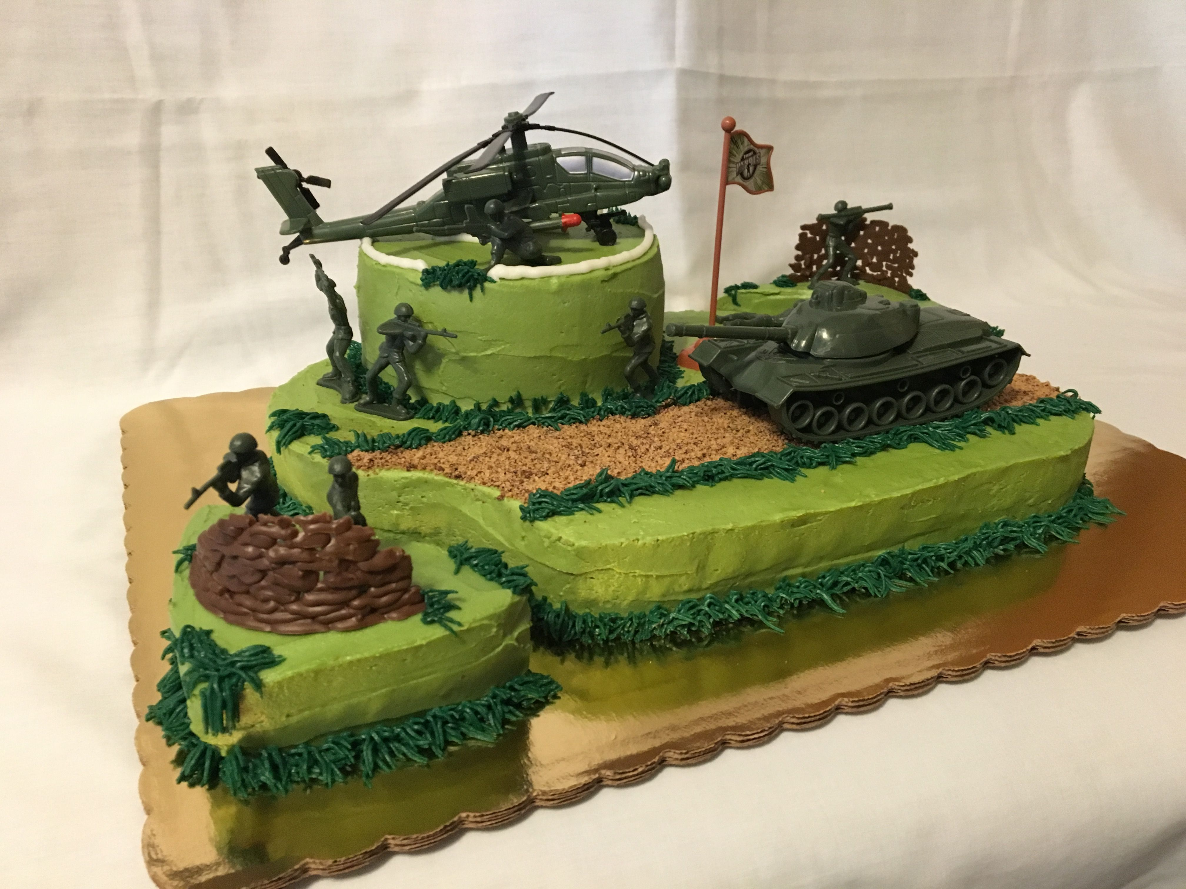 Army cake vanilla with buttercream LikealotCakes Army
