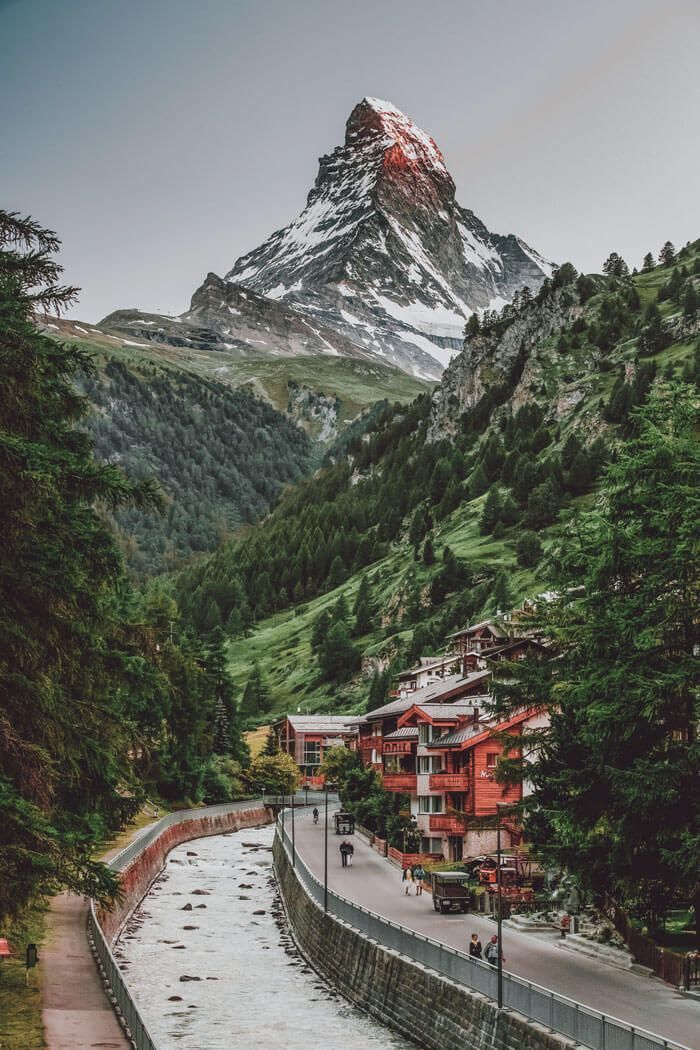 10 Most Beautiful Places in Switzerland - Avenly Lane Travel Blog #beautifulplaces