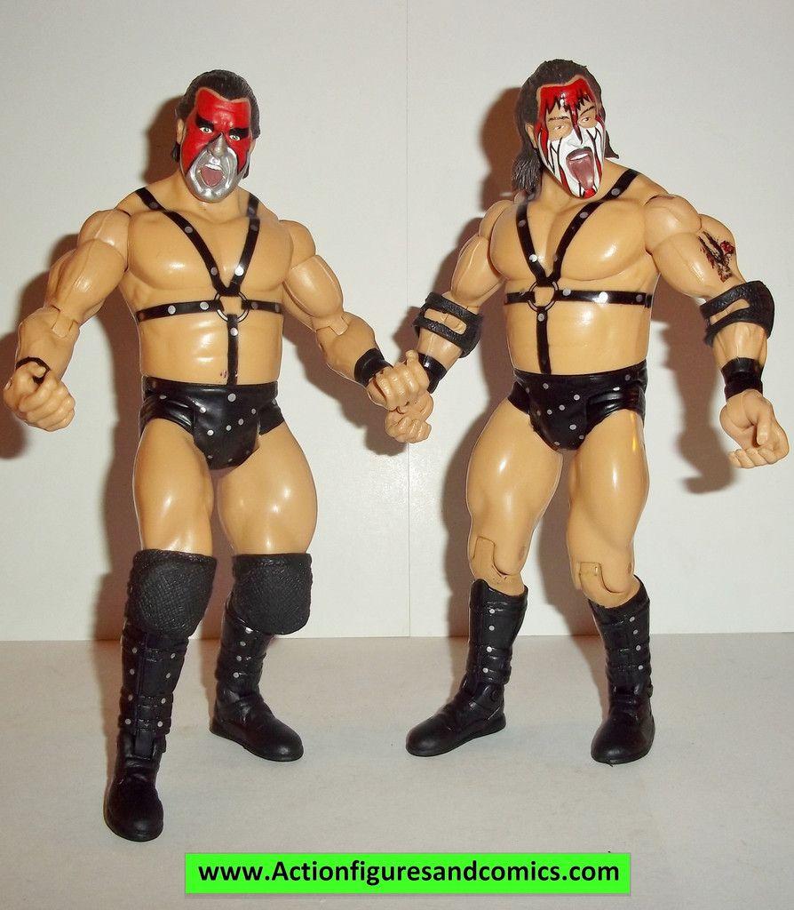 Wrestling WWE Action Figures DEMOLITION AX & SMASH Classic