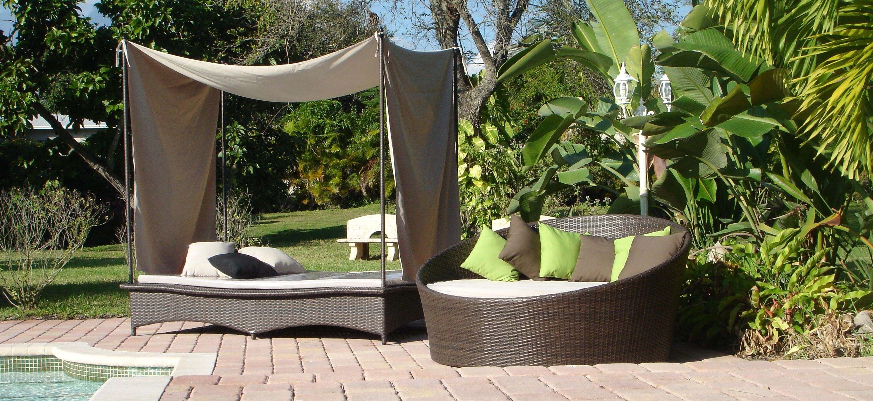 Captivating Synthetic Lawns Of Florida Now Offers All Weather Pool Deck And Patio  Furniture That Will Stand Up To The Test Of Florida Extreme Temperatures  And Weather.