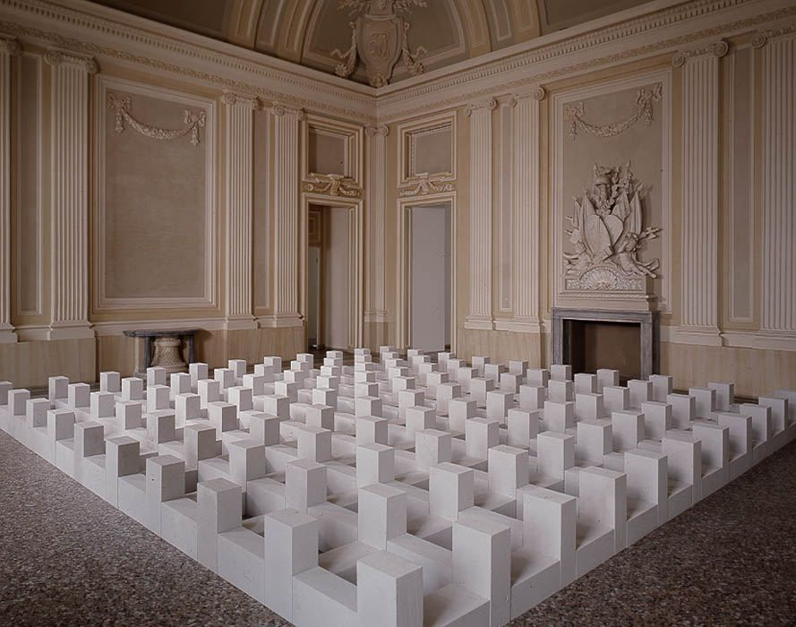 Carl andre sculture sculptures castello di rivoli for Minimal art opere