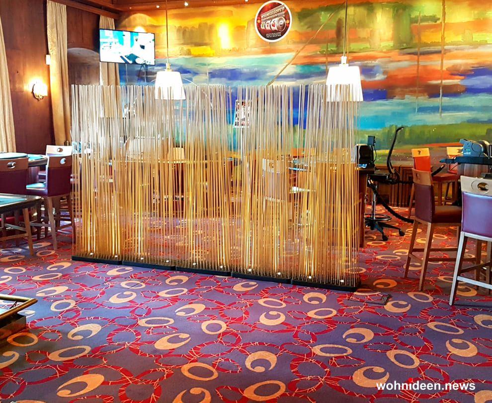 Designer Bambus Sichtschutz Ideen Aus Fiberglas Kunststoff Durchsichtig Und  Leicht Transparent. Designer Sichtschutz Für Balkon