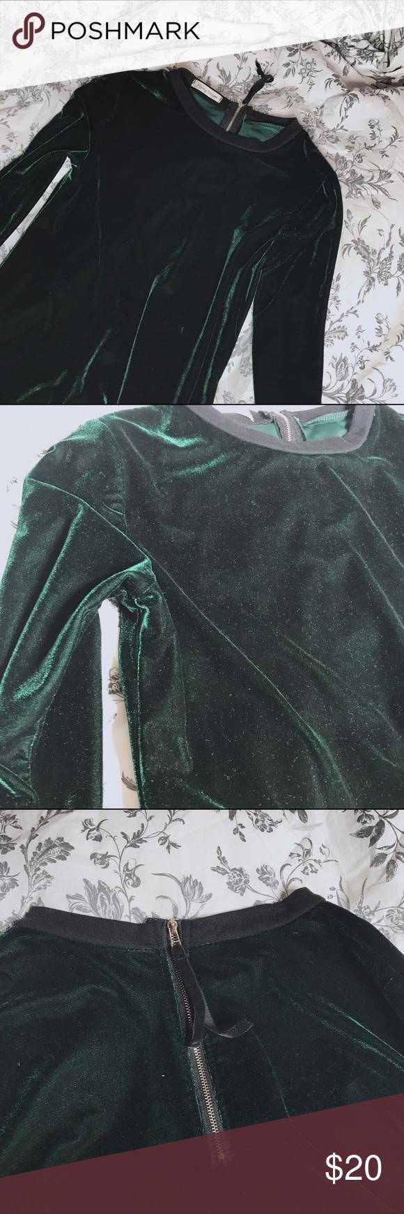 Green Velvet top Beautiful green velvet top. Zipper on the back. American Apparel Tops Tees - Long Sleeve