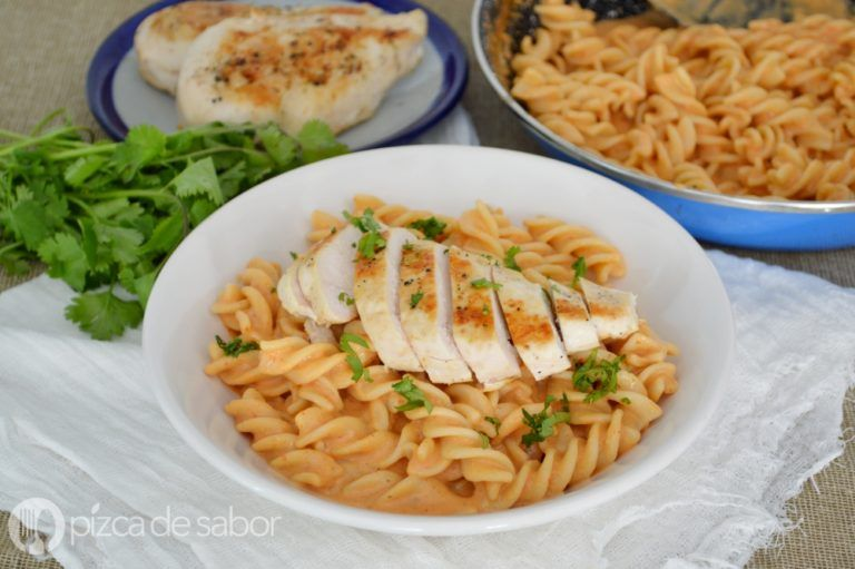 Pasta Al Chipotle Facil Rapida Pocos Ingredientes Muy Deliciosa Receta Recetas Comida Rapida Recetas De Comida Faciles Alimentos Y Bebidas Recetas
