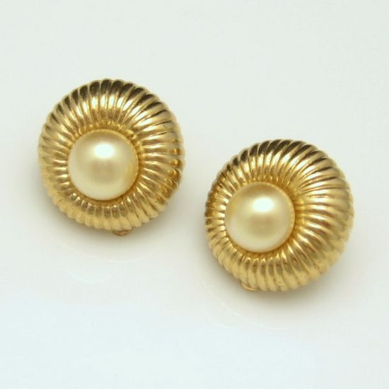 JOMAZ Mid Century Classy Faux Pearl Vintage Earrings Ribbed Goldtone Dainty High Quality