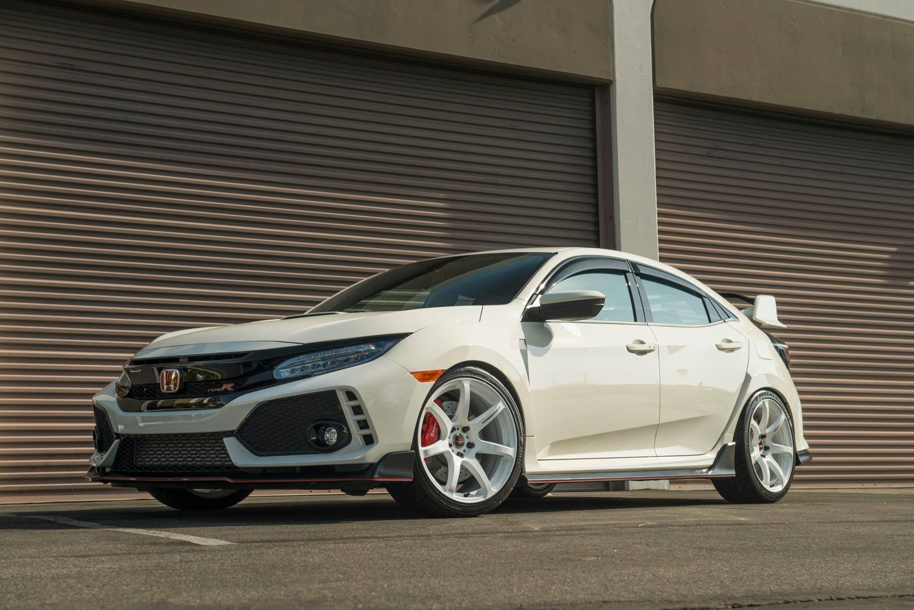 Work Emotion T7r Spec 19x9 5 38mm 5x120 Application Civic Type R Fk8 Wheel Concave Face Weight 25 Lbs Per Whe Civic Honda Civic Type R Honda Civic