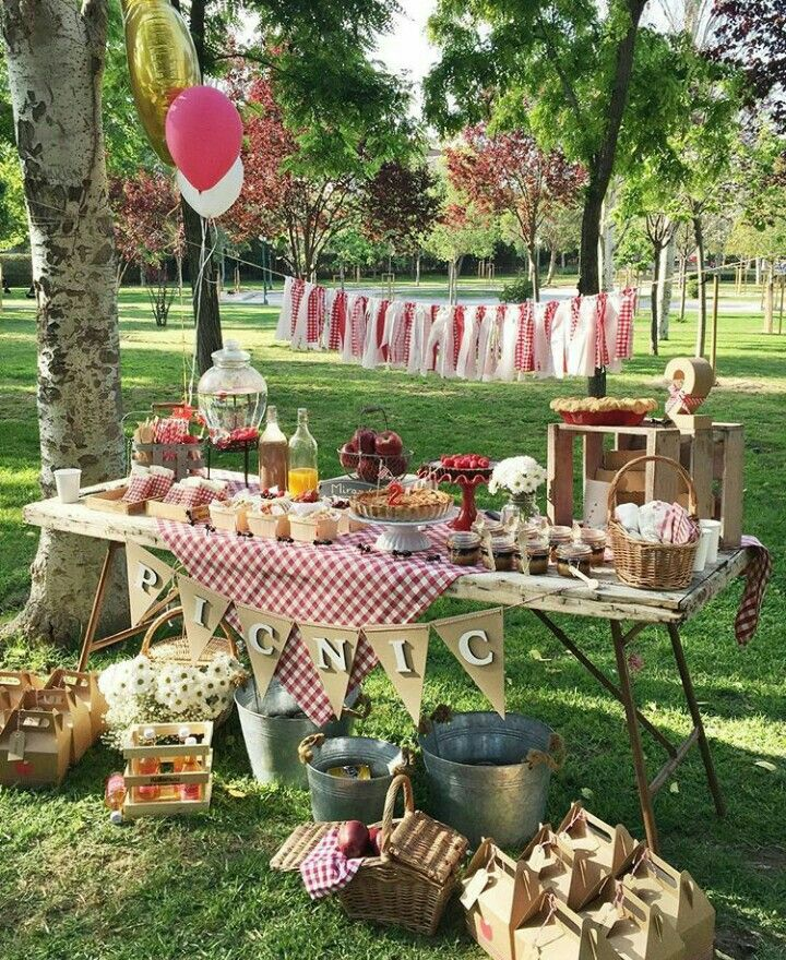 picnic party picnic pinterest pique niques guinguette et anniversaires. Black Bedroom Furniture Sets. Home Design Ideas