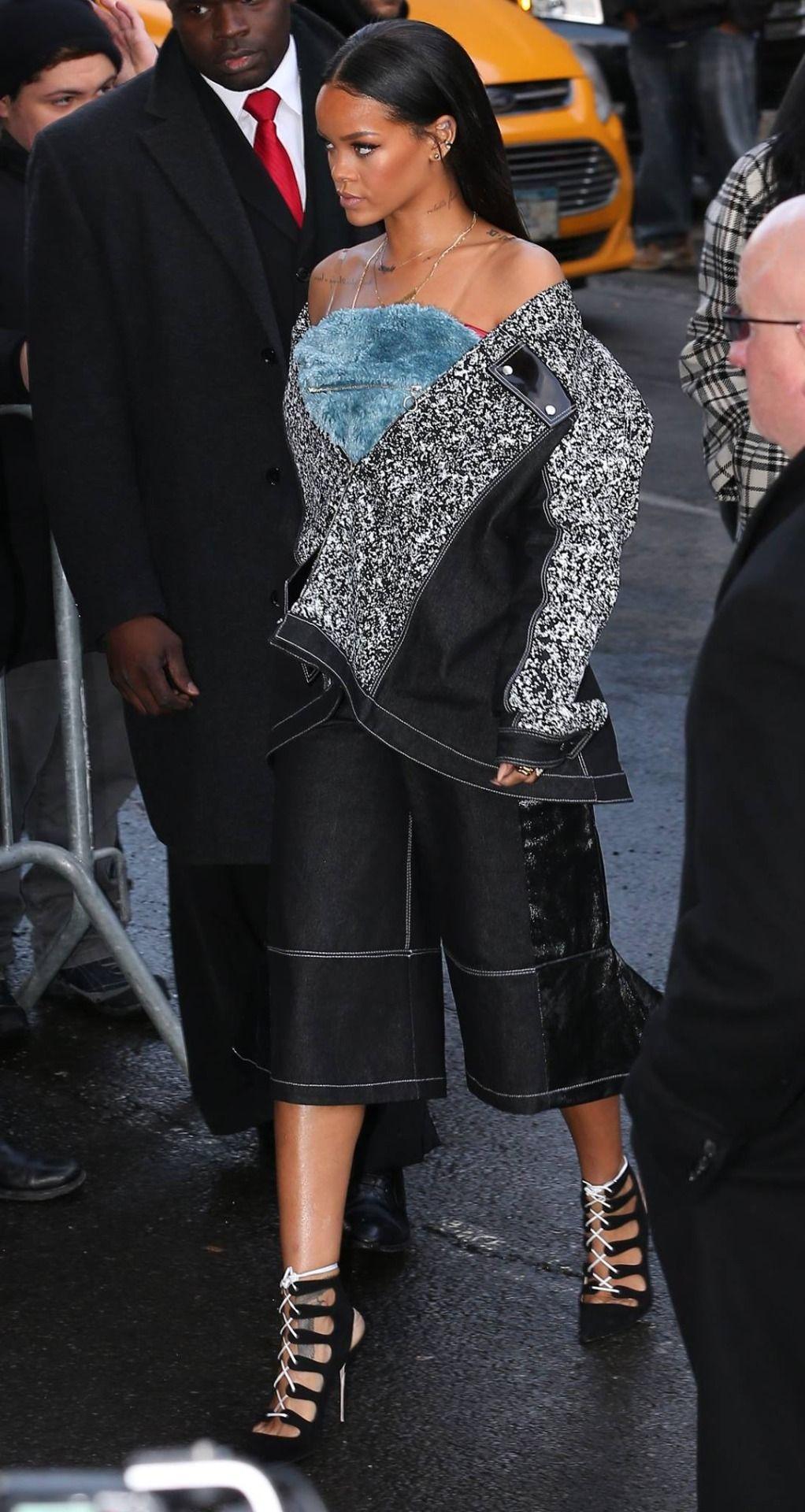 Rihanna February 12 Rihanna Arriving At Kanye West S Rihanna Style Fashion Kanye West Style