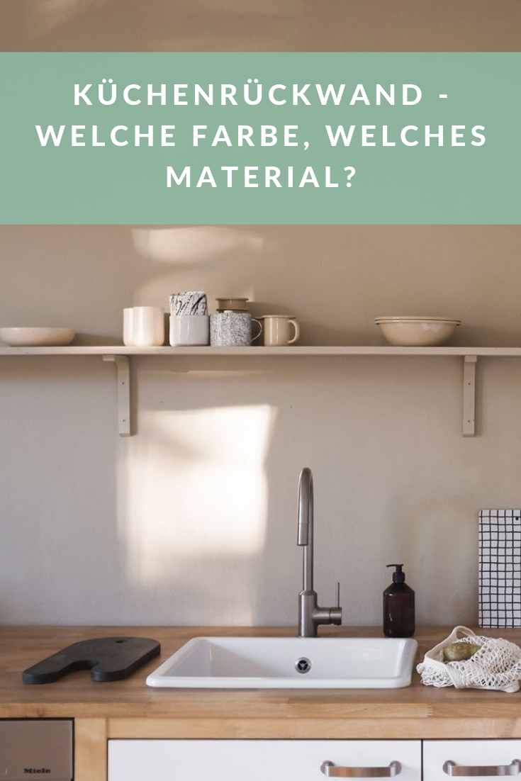 Wandfarbe als Spritzschutz für die Küche von www.kolorat.de