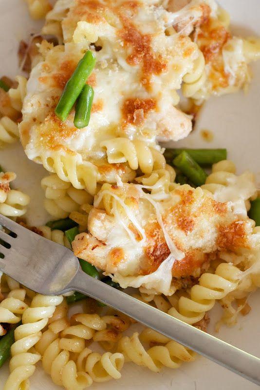 Mozzarella, Chicken & Asparagus Pasta Bake